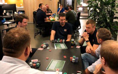 Personaleforeningen inviterede til pokeraften